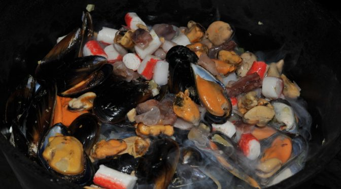 Mussels and seafood mix
